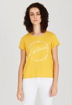 Levi's® - Marina Tee Love Yellow
