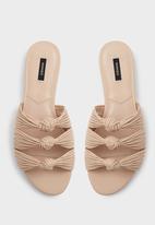 2e85f86087584d Knot Detail Slides Neutral MANGO Sandals   Flip Flops