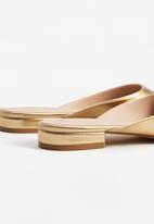 MANGO - Pointy Slip On Flats Gold