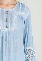 G Couture - Dipped Hem Tunic Top Pale Blue