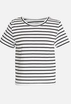 POP CANDY - Short Sleeve Stripe Tee Black and White