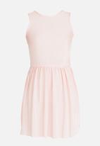 Rebel Republic - Plise Pleated Dress Mid Pink
