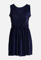 Rebel Republic - Plise Pleated Dress Navy