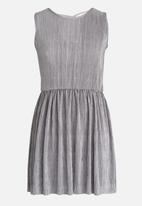 Rebel Republic - Plise Pleated Dress Silver