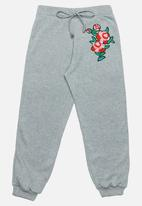 Rebel Republic - Flower Embroidered Pants Grey Melange