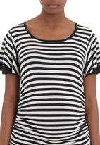 Label of Love - Strip top with ruffle sleeves
