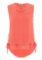 Yes - Double-layered sleeveless top