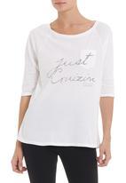 JUST CRUIZIN - 3/4 sleeve T-shirt in white