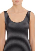 Betty Basics - Audrey tank Black
