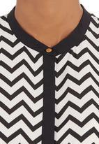 G Couture - Zig-zag top Black/White
