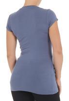 Kicker Clothing - Short-sleeved v-neck top Blue