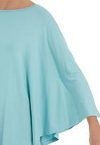Megalo - 3/4 sleeve poncho Green