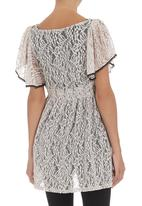 edit - Lace tunic with butterfly sleeves Stone/Beige