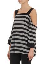 STYLE REPUBLIC - Striped off-shoulder top Black/White