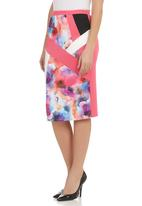 STYLE REPUBLIC - Floral-print pencil skirt Multi-colour