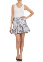 STYLE REPUBLIC - Printed Flippy Skirt Black/White