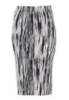 STYLE REPUBLIC - Brushstroke-print pencil skirt Stone/Beige