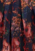 edit - Floral-print Blouse with Pleats Multi-colour