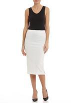 STYLE REPUBLIC - Embossed scuba pencil skirt White