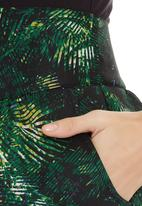 adam&eve; - Fern-print tulip skirt Multi-colour