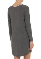 edge - Long-sleeve nightie with loop button binding Grey
