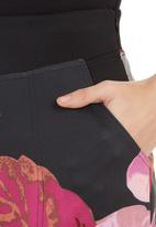 Cameo - Breach skirt Pink