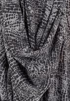 MICHELLE LUDEK - Draped-front top Black/White