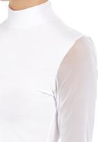 c(inch) - Long sleeve mesh crop White