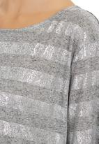 STYLE REPUBLIC - Silver Glamour Box Top