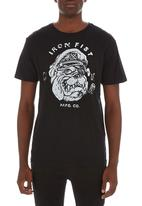 IRON FIST SA - Surf scondrels tee Black