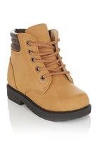 Foot Focus - Boots with elasticated sides Camel/Tan