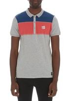 Crosshatch - Chunk stripe golfer Grey