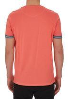 Smith & Jones - Gunton T-shirt Red