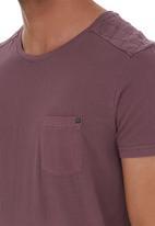 Deacon - Raid Quilted Tee Mid Purple