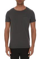 Deacon - Raid Quilted Tee Grey