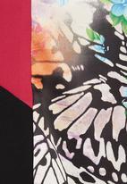 STYLE REPUBLIC - Colourblocked Box Top Multi-colour