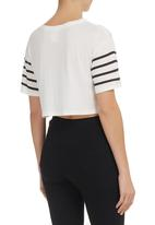 All About Eve - Charged tee Black/White