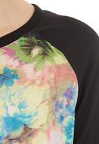 STYLE REPUBLIC - Raglan Top Multi-colour