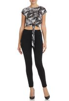 STYLE REPUBLIC - Printed Top With Tie Detail White
