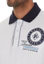 Ferradini - Detailed Golfer White