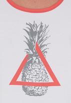 STYLE REPUBLIC - Pineapple-print Tank White