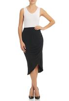 STYLE REPUBLIC - Side-gathered Midi Skirt Black