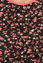 edit - Floral Tunic Black