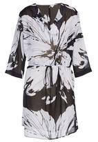 &true - Printed Georgette CaprI Kaftan in Black and White  Black and White