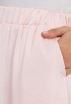 STYLE REPUBLIC - Maxi Skirt Pale Pink