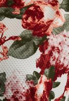 STYLE REPUBLIC - Floral Boxy Top Multi-colour
