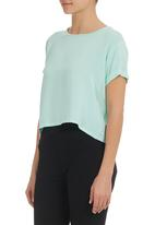 STYLE REPUBLIC - Cut-out Top Light Green