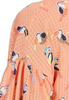 STYLE REPUBLIC - Birds of Paradise Top Coral