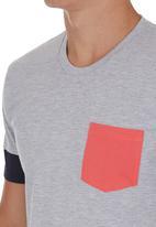 STYLE REPUBLIC - Colourblock T-shirt Grey