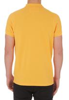Crosshatch - Hacked Off Golfer Yellow